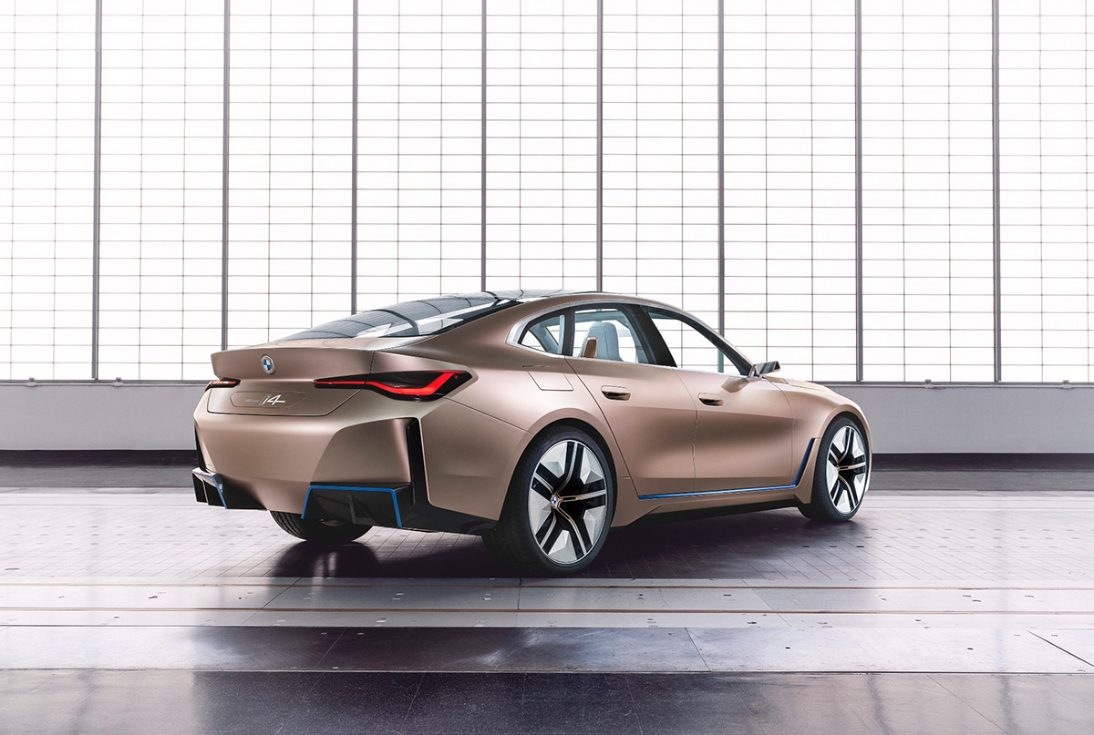 BMW races to production of i4 with M-Performance Model in 2021